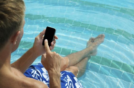 ¡10 apps móviles que no puedes olvidar en tu maleta!