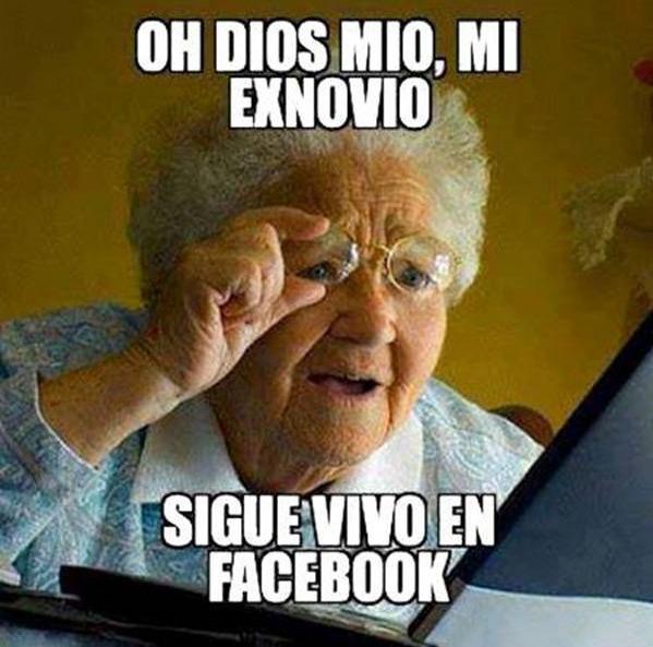exnovio-vivo-facebook-chiste-blog-hostalia-hosting