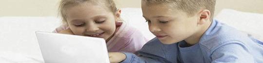 La CE propone medidas de seguridad en Internet para proteger a los menores de edad