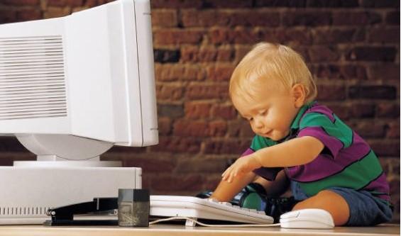 Europa quiere un Internet más seguro para los usuarios más vulnerables: niños y adolescentes