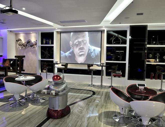 lounge-engheng-space-capsules-hotel-blog-hostalia-hosting