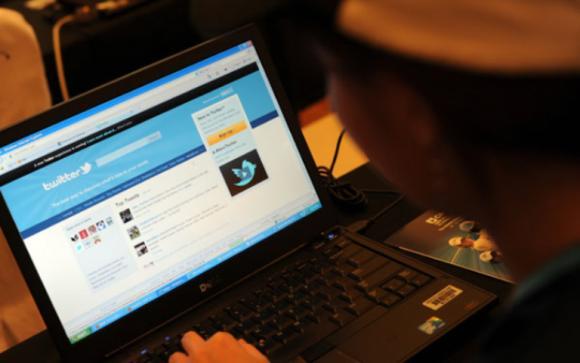 horario twittear espanoles - blog hostalia hosting