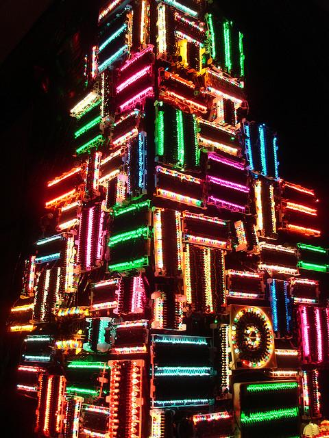 tron-christmas-arbol-navidad-blog-hostalia